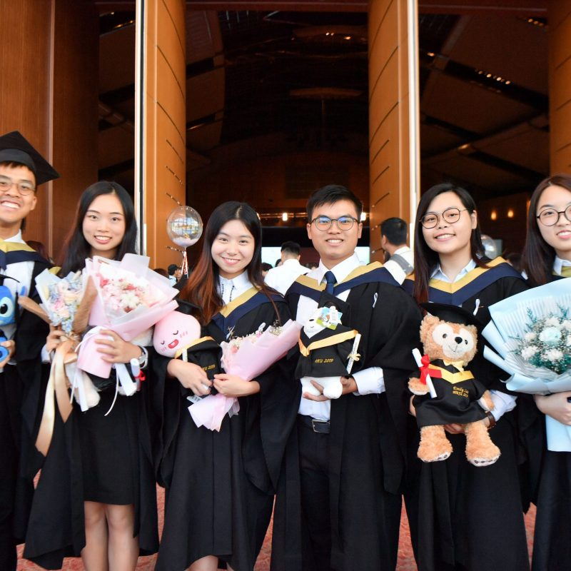 254298-Graduation_Ceremony_2019-878