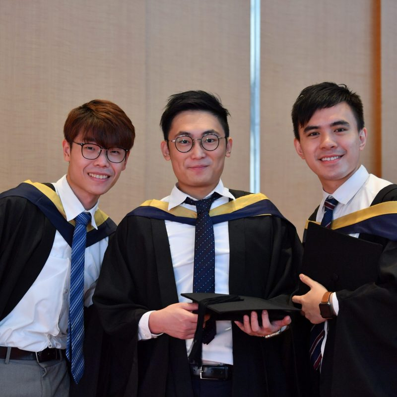 254298-Graduation_Ceremony_2019-1140